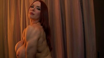 Muskulöse Frau Mit Silikon Sex Vor Der Webcam