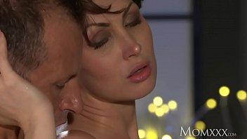 Sexe Avec Une Moldave Baisée Dans Sa Bouche Et Sa Chatte