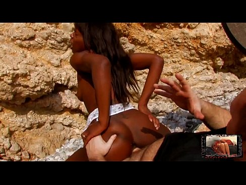 Black Slut With Perfect Body Fucked At The Beach