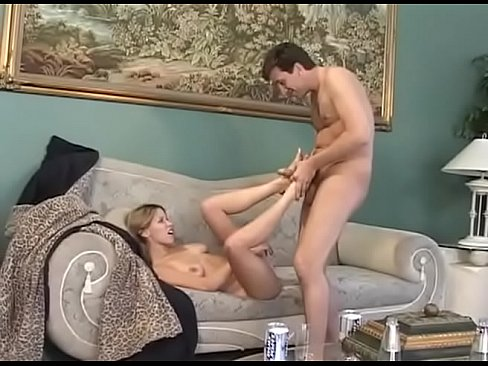 Steve Holmes Found A Drunk Person In His Home And Let Her Blow His Cock - Facial