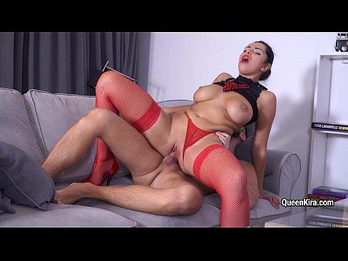 Kira Queen Open Her Pussy Lips For Big Cock