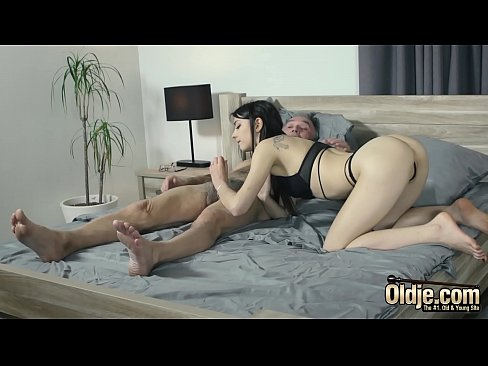 Grandpa Fucks Teen Shoves His Cock Inside Her And She Has Multiple Orgasms