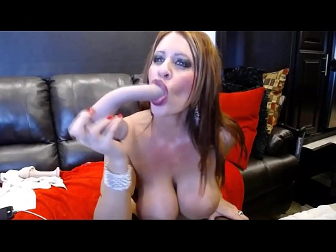 Hardcore Jade With Big Tits Fists Squirting Gaping Vagina