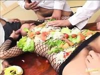 A Asian Woman As Restaurant's Masturbata, And Ejaculated