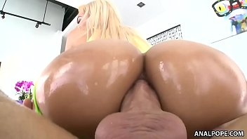 Hot Milf Gets Fucked In The Ass, Real Sex With Beautiful Girls